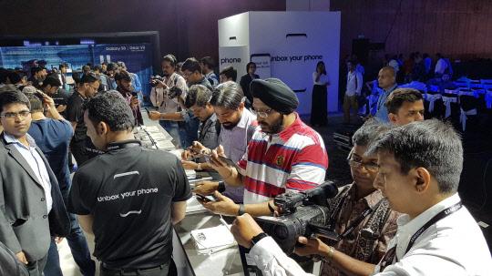 삼성전자 '갤럭시S8' 시리즈, 5월5일 인도 출시